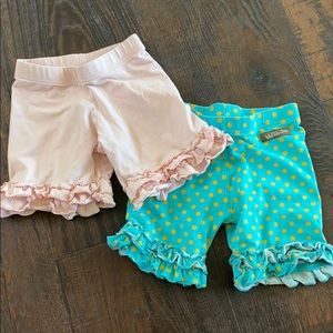 Set of little girls shorts